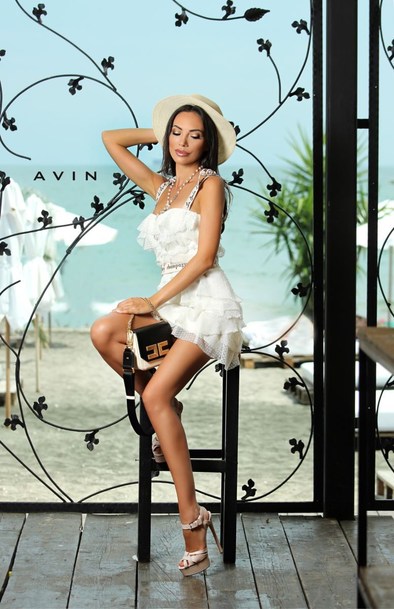 дизайнерска рокля Rafaelo avin