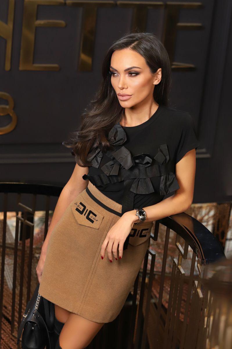 Блуза с пандели в черно