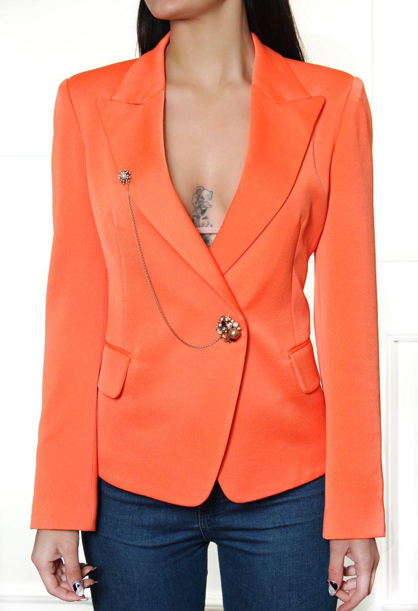 сако в оранжево avin