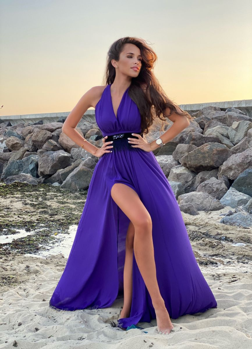 виолетова рокля с колан